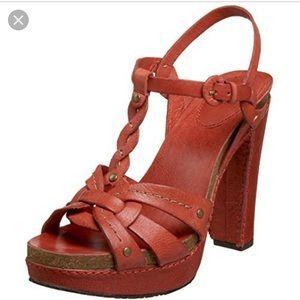 Frye Grace Women T-Strap Sandal Light Red Size 8